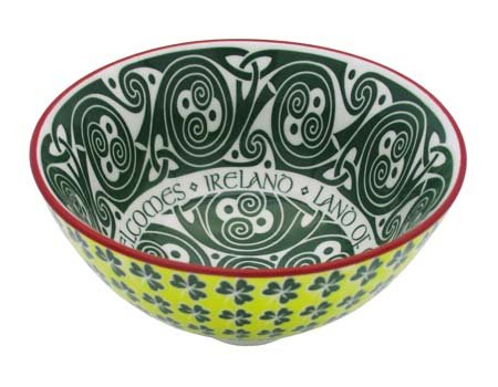 Irish Celtic Bowl With Hundred Thousand Welcomes Design 11cm