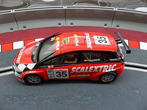 Coche Scalextric Seat Leon Supercopa luces. Piloto