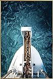 Kunstloft® fotografía artística enmarcada 'Océano Salvaje' 60x90cm | fotografía contemporánea Cubierta por Vidrio | Barco mar Azul Blanco | fotografía artística con Marco de Aluminio
