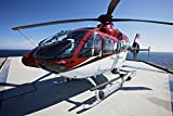 Terry Moore/Stocktrek Images – Eurocopter EC135 utility helicopter on the helipad of an oil rig. Photo Print (88,39 x 58,93 cm)
