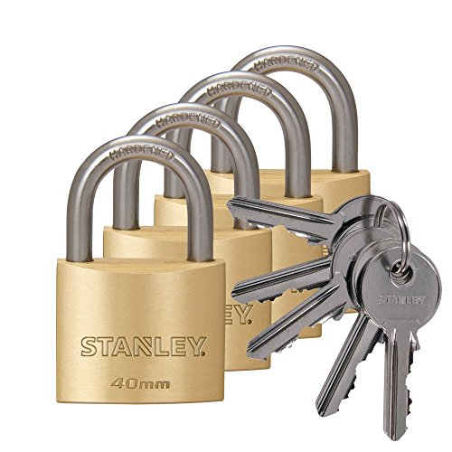 Preisvergleich Produktbild STANLEY Solid Brass Vorhangschloss 40 mm mit Standard-Bügel,  4er Pack,  gleichschließend,  5 Schlüssel, S742-038,  Schloss,  Bügelschloss