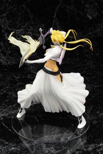 BLEACH Tia Hariberu (1/8 Scale PVC Figure) (japan import) 4