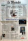MONDE (LE) [No 17971] du 05/11/2002 - TOUS LES SPORTS - FOOTBALL - CE G 14 QUI VEUT IMPOSER SA LOI - LE WEEK-END - TENNIS, MOTO, RUGBY ET VOILE - LES RESULTATS ITALIE - APRES LE SEISME, LA POLEMIQUE ISRAEL - SHARON VEUT LE SOUTIEN DE L'EXTREME DROITE DROITE - AUTOUR DE L'UMP, UNE MYRIADE DE CLUBS GAUCHE - VOYNET OUVRE LA CRISE CHEZ LES VERTS ENTREPRISES - CARTE A PUCE - LA CRISE DE GEMPLUS CIMETIERE A PARIS - UNE VISITE GUIDEE DU PERE-LACHAISE TURQUIE - MAJORITE...