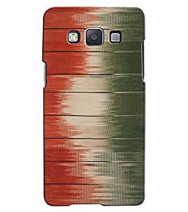 Citydreamz Red & Green Shaded Stripes Hard Polycarbonate Designer Back Case Cover For Samsung Galaxy A7