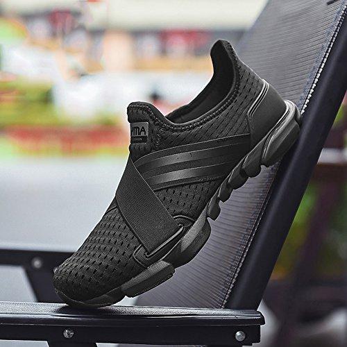 Gomnear Chaussures de course Hommes Poids léger Engrener Été Respirant Mode En marchant Sport Sneaker Noir