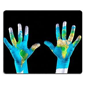 Luxlady de goma natural Mousepads imagen ID 20974199mapa pintado Childs en manos concepto salvar el mundo