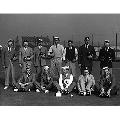 POSTER Crew of H M S Kelly playing Bowls photograph Tyne wear Wall Art Print A3 replica