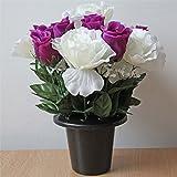 Homescapes Stilvolles Rosen Lila Weiß Grabgesteck Grabschmuck Kunstblumen Gesteck im Kunststofftopf Höhe ca. 30 cm, Dekoblumen Künstlich, Künstliche Pflanzen