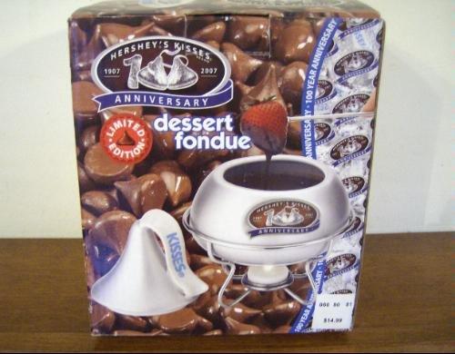hersheys-kisses-anniversary1907-2007-dessert-fondue-in-silver-by-hersheys