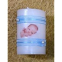 Detalle de Bautizo regalo de bautizo-foto cinta (azul)Vela decorada con una fotografía del bebe con el nombre y la fecha del bautizo, dos cintas y dos perlas blancas. Tenemos la cinta de tres colores diferentes, azul, rosa o blanco crudo.