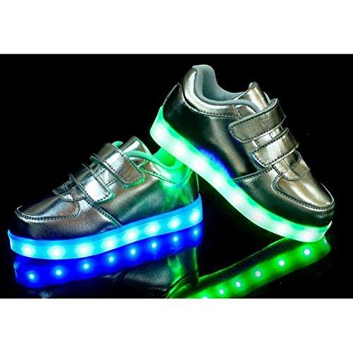 [Present:kleines Handtuch]JUNGLEST® Unisex Kids Wiederaufladbare LED leuchten Sportschuhe Luminous Flashing Glow Turnsc Silber