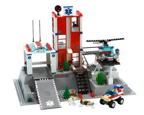 LEGO-City-7892-Hospital