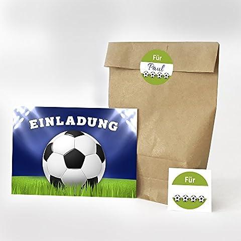 16 Einladungskarten, 16 Geschenktüten und 16 Etiketten zum Kindergeburtstag - Motiv Fussball Rasen Einladung - für Kinder, Jungen, Party, Feier, Jungs,