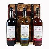 Versare selezione di vini in stile vintage legno del vino cesto regalo petto