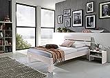 Sam Massiv-Holzbett Jessica in Buche weiß, Bett mit geteiltem Kopfteil, natürliche Maserung, Massive widerstandsfähige Oberfläche in Edlem Weißton, 90 x 200 cm