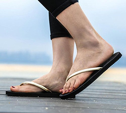 Sentao Femmes Plat Plage Tongs Casual Sandales Poids léger Sandales Confort Flip Flops Dorées