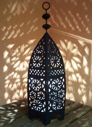 Marokkanische Schlafzimmer Dekorationen (Orientalische Laterne aus Metall Schwarz Sliman 60cm groß | Marokkanische Gartenlaterne für draußen, Innen als Tischlaterne | Marokkanisches Gartenwindlicht Windlicht hängend oder zum hinstellen)