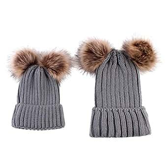 2PCS Bonnet tricotée Cagoule Bébé Hiver un Bonnet à Pompons Unisexe Garçons Filles Longra Uni Enfant Doux Chaud Casquette Épais Mode Bob Maman Chapeau+Bébé Chapeau (2PCS, Gris)