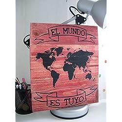 Cuadro inspirador decorado con el mapa del mundo.