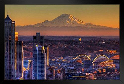 Poster Skyline Von Seattle (Poster Gießerei Seattle Washington Skyline mit Mount Rainier Foto Kunstdruck von proframes 20x14 inches Framed Poster)