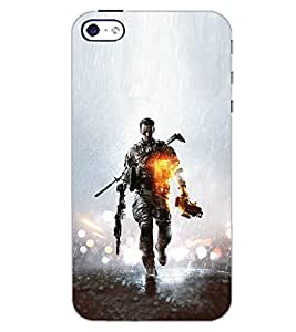 PrintDhaba SOLDIER D-6918 Back Case Cover for APPLE IPHONE 5 (Multi-Coloured)