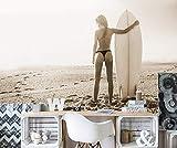 Selbstklebende Fototapete - Surfer Girl - sephia - Sepia - 225x150 cm - Wandtapete – Poster – Dekoration – Wandbild – Wandposter - Bild – Wandbilder - Wanddeko