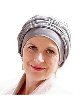Turbante Mano grigio già modellato per ottenere l'effetto volume senza dover ingegnarsi in difficili nodi o fiocchi.