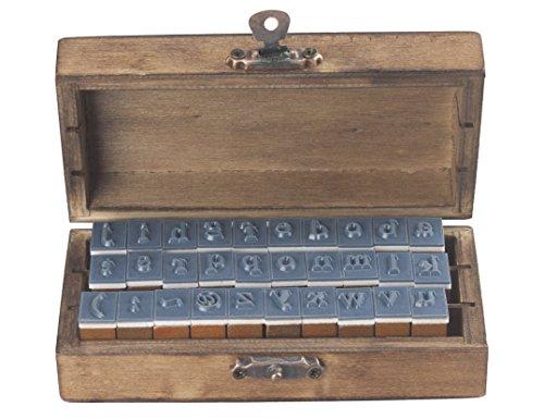 knora 30 - Teiliges Vintage - Stempelset (26 Kleinbuchstaben + 4 Symbole) in Dekorativer Holzkiste