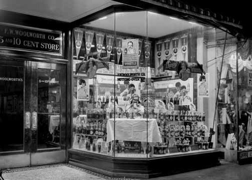 photo-f-w-woolworth-company-5-10-cent-store-1921-by-photographic-archives