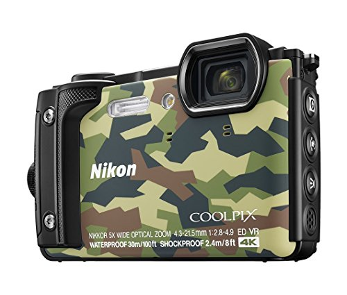 Nikon W300 Waterproof 30m   16.05 Megapixel Digital Camera Camouflage  with 16  GB Card   Carry case