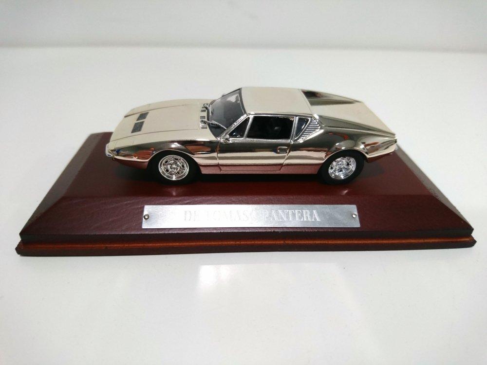 n6D Silver Cars Collection 1:43 ref: 130 Atlas DE TOMASO Pantera