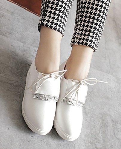 Aisun Femme Mode Basse Bout Rond à Lacets Sneakers Blanc