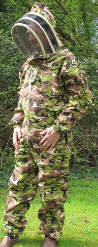camouflage-beekeepers-bee-suit-with-fencing-veil-medium