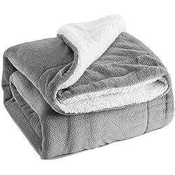Flauschige Kuscheldecke 150x200cm Grau Decke mit super weiche Sherpawoll, Zweiseitige Flauschige Sofadecke, Leichte Mikrofaser Fleece Decke Überwurf für Sofa und Couch von Bedsure