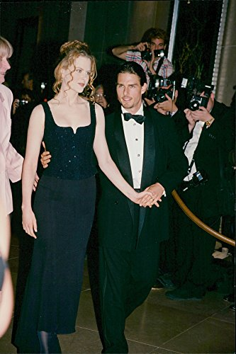 vintage-photo-of-tom-cruise-and-nicole-kidman-photographed-together-at-the-gala-set-up-to-pay-tribut