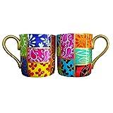 Une Grande Tasse ou Mug en fine porcelaine anglaise et peinte à la main en dessin 'Carrés ' pour thé ou café. Coffret Cadeau...