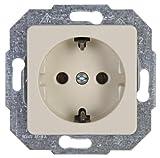 Kopp Europa Steckdose 1-fach für den Haushalt, 250V (16A), IP20, Schutzkontakt-Steckdose, Unterputz, einfache Wandmontage, creme-weiß, 113601071
