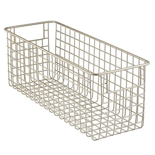 InterDesign Classico Aufbewahrungskorb, mittelgroßer Drahtkorb aus Metall für Küche, Bad oder Vorratskammer, mattsilberfarben