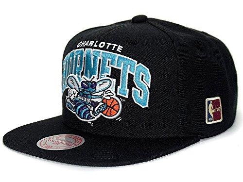 Mitchell   Ness Cappellino HWC NBA Hornets baseball cap Taglia unica - nero cd1592b5efb0