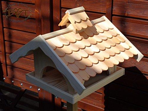Vogelhaus,groß,mit Nistkasten,BTV-X-VONI5-hbraun002 Robustes, stabiles wetterfestes PREMIUM Vogelhaus VOGELFUTTERHAUS + Nistkasten 100% KOMBI MIT NISTHILFE für Vögel , FUTTERHAUS für Vögel, WINTERFEST - MIT FUTTERSCHACHT Futtervorrat, Vogelfutter-Station Farbe braun hellbraun behandelt / lasiert braun/orange/natur, MIT TIEFEM WETTERSCHUTZ-DACH für trockenes Futter, Schreinerarbeit aus Vollholz -