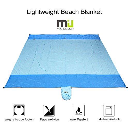 Wasserdichte Nylon Stranddecke Picknickdecke 213 x 208cm mit Fallschirm faltbare Strand-Matte Reiseunterlage für Camping Strandspielen von MIU COLOR (Blau)