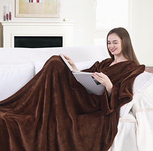 DecoKing 20234 TV-Decke 170x200 cm Schoko Microfaser Kuscheldecke mit Ärmeln und Taschen Mikrofaserdecke Fleecedecke weich sanft Füßtasche Tagesdecke braun Brown Lazy