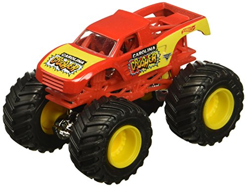 Hot Wheels 2018 Monster Jam 1:64 Scale Truck with Re-Crushable Car - Carolina Crusher