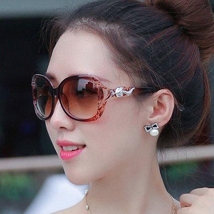neue runde bunte sonnenbrillen, lady, rundes gesicht, koreanische retro - augen - brillen, sonnenbrillen, die flut,zwei braune blumen (stoff)