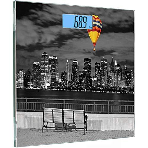 Ultraflache, hochpräzise Sensoren Digitale Waage mit Körpergewicht Schwarzweißdekorationen Gehärtete Glas-Personenwaage, NYC Skyline von Liberty State Park Lebendiger Luftballon in Sky, Multicolo