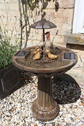 Solar Wasser Spiel Garten Brunnen Deko Springbrunnen Zier Brunnen Garten Dekoration wahlweise mit LED Beleuchtung (Entenfamilie)
