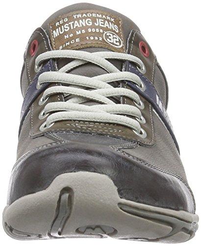 Mustang Schnürhalbschuh, Baskets Basses Homme Gris (2 Grau)