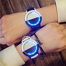 Un par de relojes de pulsera para estudiantes, por LinTimes, con luz LED, atractivo y con estilo, con cara grande, perfecto para estudiantes, y para amantes del color, incluye 2 piezas en blanco y negro