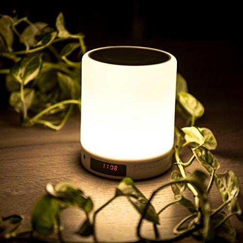 SAVONGA Multi LED Lampe mit Bluetooth Lautsprecher #NLL001 | Beleuchtung - dimmbare 360° LED Lampe mit Touch Sensor | Bluetooth Lautsprecher mit Premium Tonqualität | Uhr/LED Anzeige + Radio + Weckfunktion | unterstützt SD-Karte, Sleep-mode, Hand frei telefonieren | als tragbarer Bluetooth Lautsprecher, Camping Laterne, tragbare Tischlampe, Stimmungslicht, Nachttischlampe verwendbar | für Camping, Garten und Reisen usw. geeignet (Die Frei Hände Lautsprecher Bluetooth)