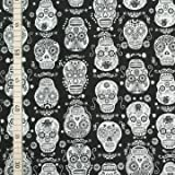 Timeless Treasures - Skulls Black & White - Baumwolle - USA